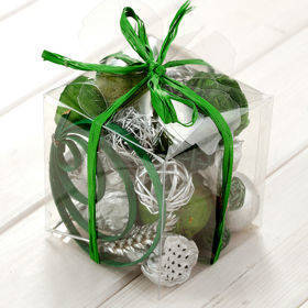 Arrangement of dried fruits 10/10 cm - silver/green