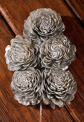 Belly flowers 6-8 cm on stem 15pcs/pkg silver