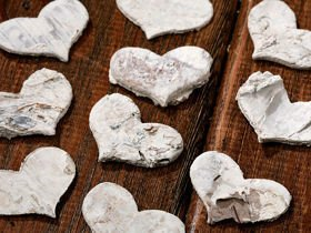 Birch hearts 12 pcs/pkg ca. 3 cm