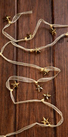 Deco garland of stars on ribbon 180 cm