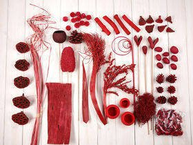 Decorative extra large set, more than 60 ingredients, red