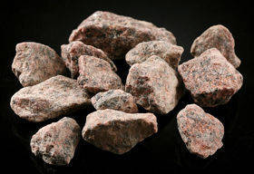 Decorative stones (7) 1kg