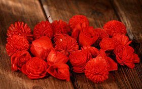 Dried flowers, 2-3 cm, ca. 60 pcs/pkg light red