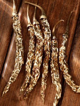 Dried peppers 6/pkg  14-18 cm - gold