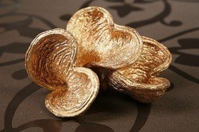 Set of 4 gold Badam 8-10cm