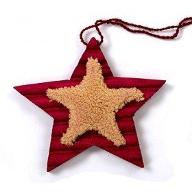 Wooden star with fur decoration - 10 cm