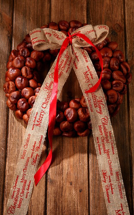 Christmas wreath- Chestnut Miracle