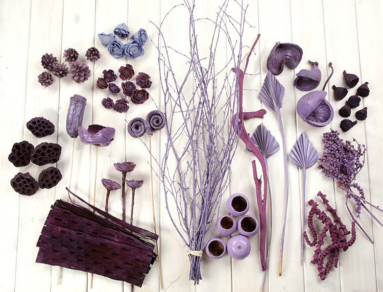 Decorative extra large set, more than 70 ingredients, purple-lilac
