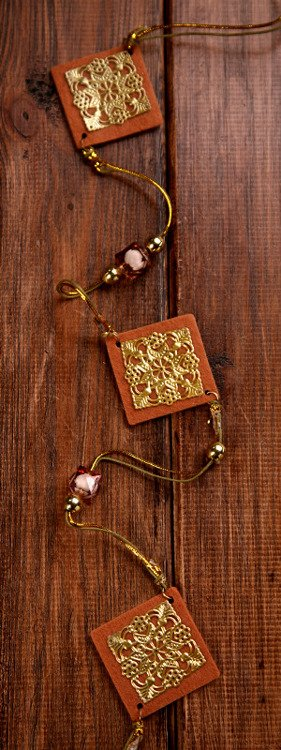 Garland with decorative gold&brown rhombus lenght:150cm