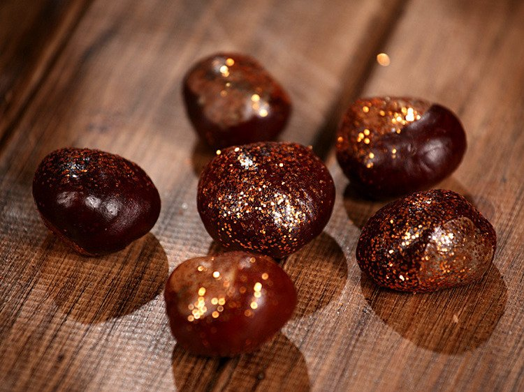 Glittered gold chestnuts 12pcs/pkg