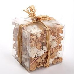 Set of potpourri - cream-white