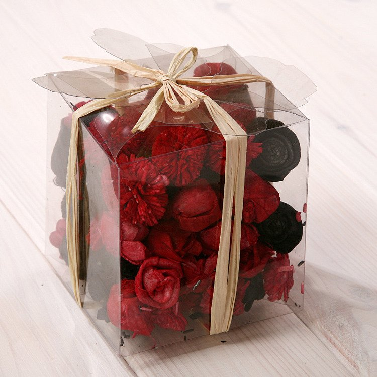 Set of potpourri in box - red and black
