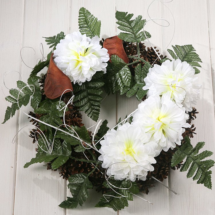 Wreath 35-40 cm white