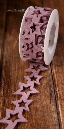 Girlanda filcowe gwiazdki wrzosowe  4 cm  na szpuli  200 cm