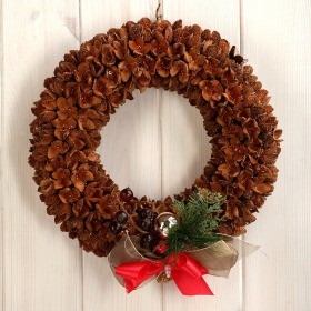 Arrangement 10022  Wreath 20cm