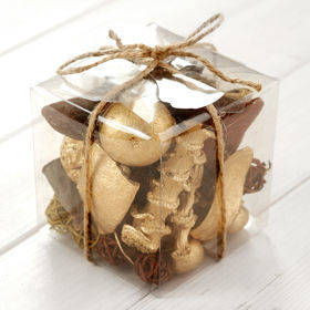 Arrangement of dried fruits 10/10 cm - gold/natural