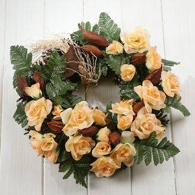 Autumn wreath of tea roses 35-40 cm