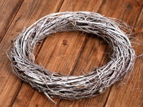 Birchen rustic wreath ca.25cm- white
