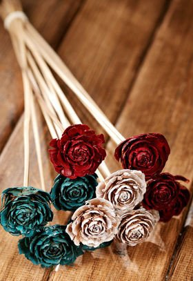 Bouquet of 6 Cedar Roses Claret-White-Azure