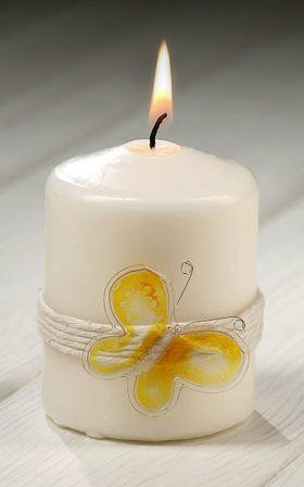 Candle with yellow butterfly 55 / 80mm