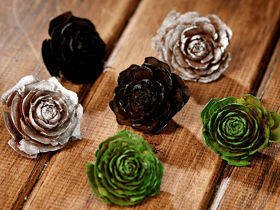Cedar Wood Roses 6 pcs./pack heads green, silver, brown