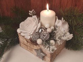 Christmas Arrangement- White in Nature