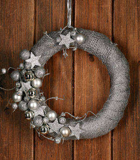 Christmas Wreath The Snow Queen 25-30 cm