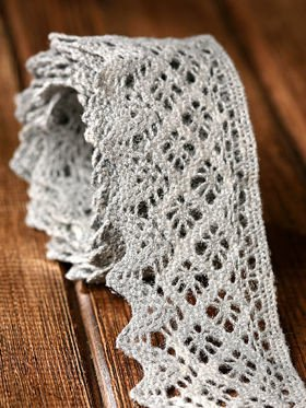 Cotton lace width 5.5 cm long and 200 cm silver