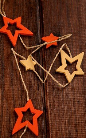 Cream&orange garland of 12 stars on string 180cm