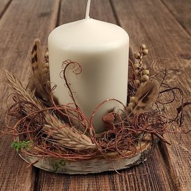 Decoration with a candle on wood 12 cm