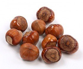Decorative hazelnut 18 pcs - natural lacquered