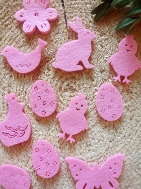 Easter decorations made of felt 4 cm / 18 pcs / pack