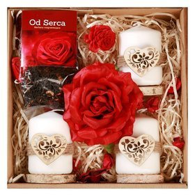 Gift Set, Tea from the Heart 50g, fragrant satin rose 10-14 cm, 3 candles on wooden slices
