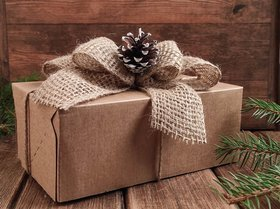 Gift box decorated with a jute bow with a pine cone -80 / 120 / 200mm