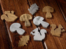 Happy wood pieces 3-5cm Gold & Silver 12pcs/pkg