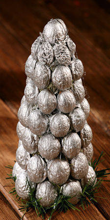 Nutty silver holiday tree