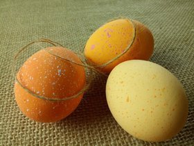 Orange eggs 3 pendants