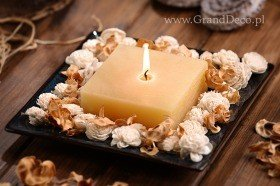 Potpourri Set with candle- cream and white