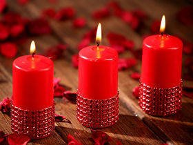 Red diamond candle 60/80 mm seto of 3 pcs.