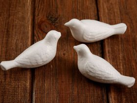 Styrofoam balls, birds, 4/8 cm. Price for 6 pieces
