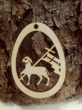 The Easter lamb. Natural wooden decoration Easter pendant 8 cm / 3 pcs.