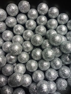 White glitter balls 15mm 24 / pack