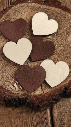 Wooden hearts 24 pcs / pack