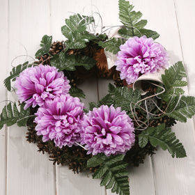 Wreath 35-40 cm purpkle