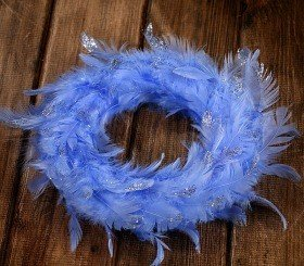 Wreath of feather blue 20-25cm