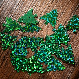 sequins- green 6mm 10g/pkg