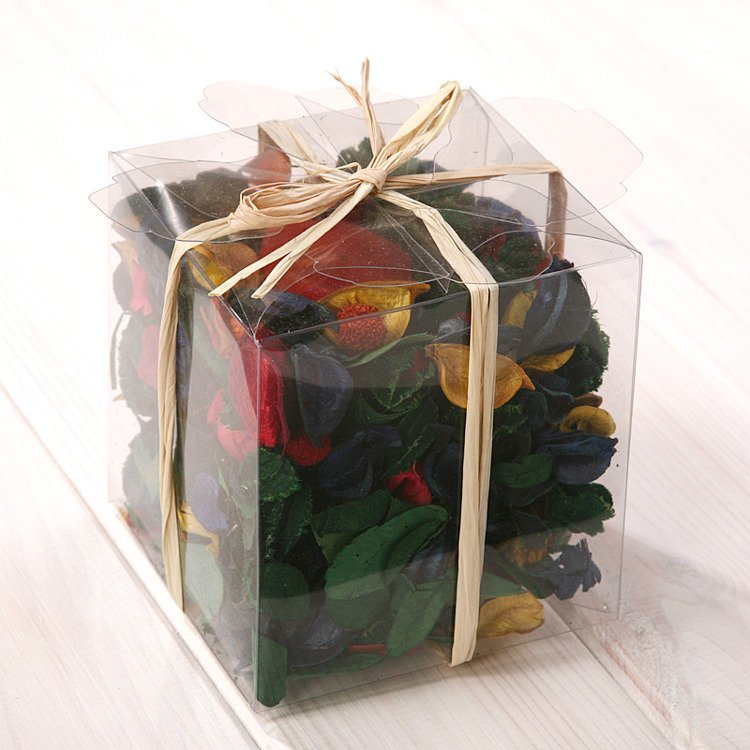 Set of potpourri in box - happy matching of colours